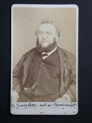Dr. Julius Beer