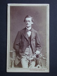 Dr. Otto von Sassen