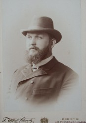 Dr. Richard Béringuier